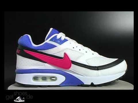 sports shoes eb2aa ba734 ... Nike Air Classic BW Textile Sneaker WeißPinkPurple bei getshoes.de -  YouTube ...