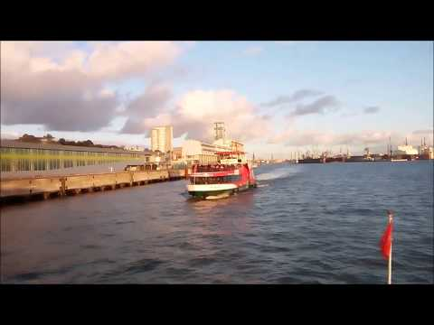 VISIT HAMBURG : Ferry 62 for sighteeing in the port