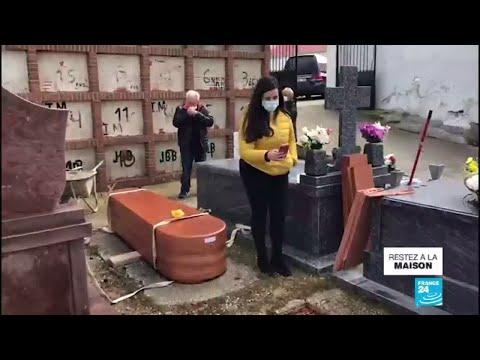 Coronavirus en Espagne: Les cérémonies funéraires reportées à la fin de l'état d'alerte