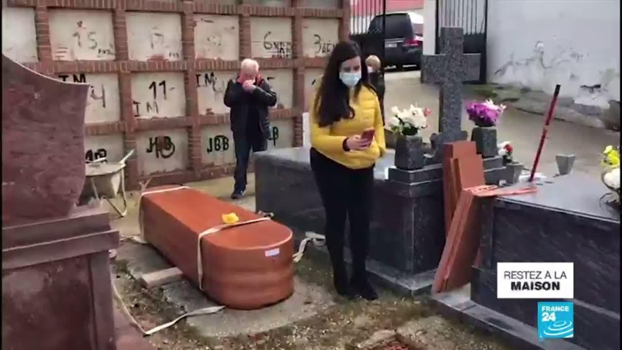 Coronavirus en Espagne : Les cérémonies funéraires reportées à la fin de l'état d'alerte