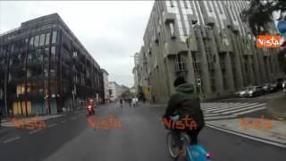 DELRIO E GLI ALTRI MINISTRI TRASPORTI UE IN BICI A LUSSEMBURGO