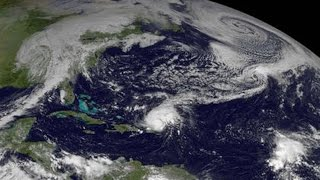 Hurricane Gonzalo regains strength on way to Bermuda