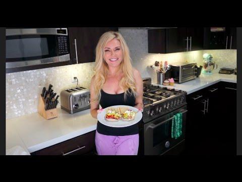 Bridget's go-to lunch: Avocado salad