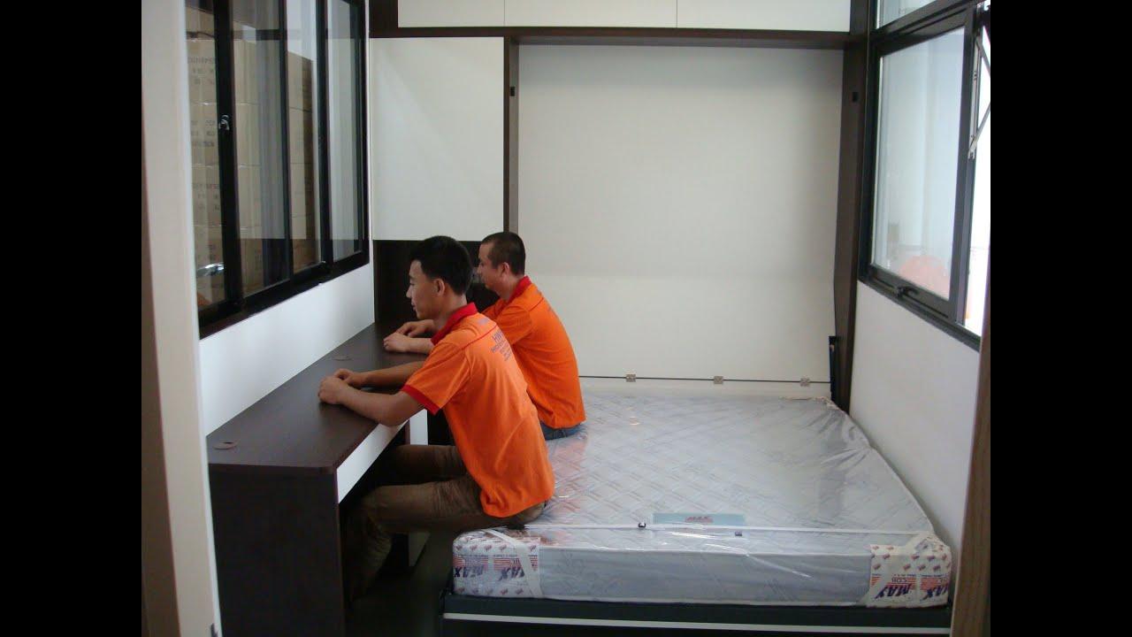 Free Singles Living Room