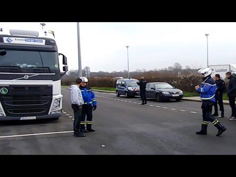 Francia entrega a España 20 años de material incautado a ETA