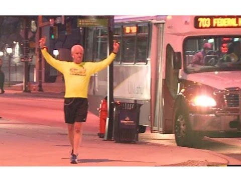 Group running from Tennesse to Boston makes stop in Baltimore for marathon charity