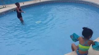 Salou Swimming pool - squishy squirter