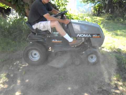 "Noma Riding Lawn Tractor / Mower 16HP 43"" Cutting Deck Good Condition"