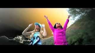 Смотреть клип Chanel West Coast - Blueberry Chills Feat. Honey Cocaine