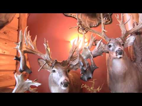 Trophy Whitetail Hunting Lodge
