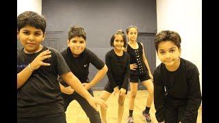 Baixar Chalti hai kya 9 se 12 kids dance | judwaa 2 | G M Dance Centre | Deepak Tulsyan Choreography