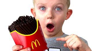 Magic McDonald's Happy Meal Martin and Monica Pretend Play
