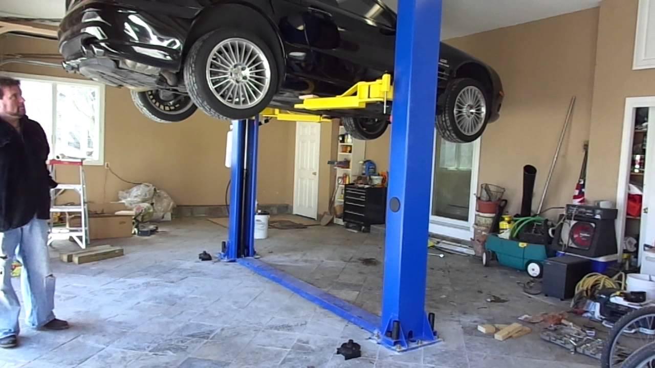 American  Post Car Lift