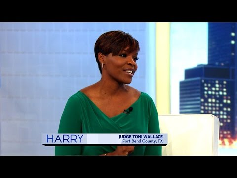Leading Lady: Judge Toni Wallace - YouTube