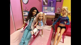 Barbie DOCTOR! Chelsea HURT Leg!! Barbie Playhouse!! Chelsea! Haley and Ally! Part 2