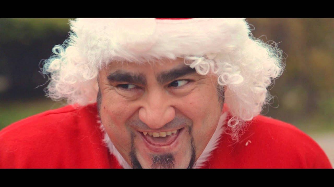 Babbo Natale 105.Lo Zoo Di 105 Babbo Natale E Un Merda Official Videoclip Prima Versione