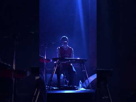 """Hope She'll Be Happier with Him""- James Blake in Los Angeles 11/10/17"