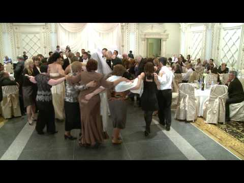 Circle Dance - Wedding Reception Group Dance at Paradise Banquet Hall Toronto | Wedding Videographer