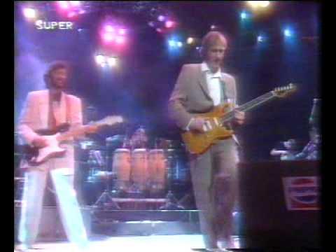 Bee Gees Elton John Mark Knopfler And Eric Clapton 1
