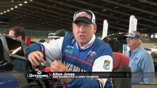 FOX Sports Outdoors ASK THE Pro - Alton Jones Teaches About Crappie Attractors