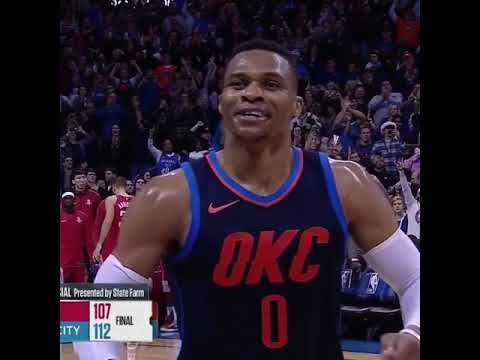 Russell Westbrook sings Merry Christmas to OKC crowd after beating the Rockets