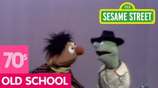 Sesame Street: Ernie Learns About A Scale