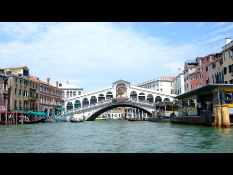 Visiting the Rialto | Venice Travel