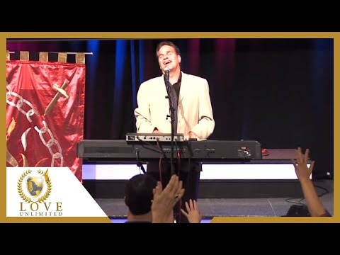 Jesus name above all names - Terry MacAlmon (2010)