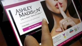 Only 3 U.S. zip codes without any Ashley Madison accounts?(, 2015-08-27T01:48:33.000Z)