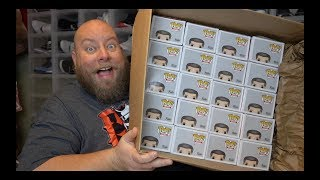 BOUGHT AN ENTIRE CASE OF FUNKO POP FROM WWE SHOP + TRYING FOR AS MANY CHASE VARIATIONS AS POSSIBLE
