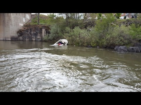 Child trapped in water, three others rushed to hospital after boat capsizes in Idaho Falls
