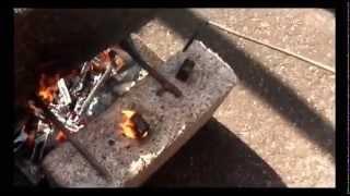 Проверка прочности деревобетон ТИМФОРТ НЕ ГОРИТ(Воздействие огня на деревобетон ТИМФОРТ Часто видя наш материал люди спрашивают горючий ли он Отвечаем..., 2015-09-16T09:19:57.000Z)