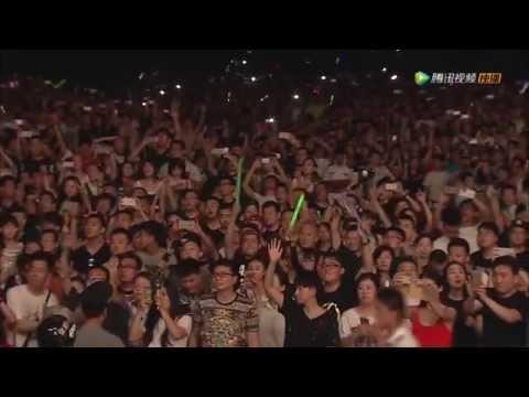 Linkin Park  New Divide  in Beijing 2015