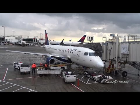 Bouncy Embraer 175 Delta Business Class Sunrise Flight Seattle - LAX Los Angeles