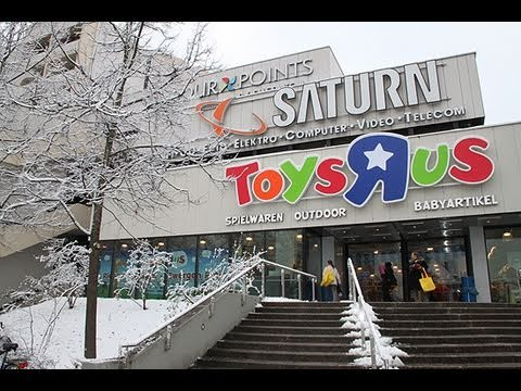 Toys 39 r 39 us opening m nchen theresienh he am for Cuisinette toys r us
