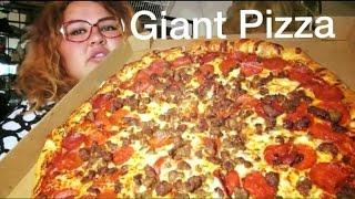 GIANT SAUSAGE AND PEPPERONI PIZZA MUKBANG
