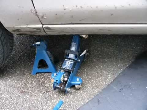 Lift A Car Safely Using A Jack And An Axle Stand Youtube