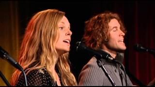 "Hannalee perform ""Never Been to Memphis"""