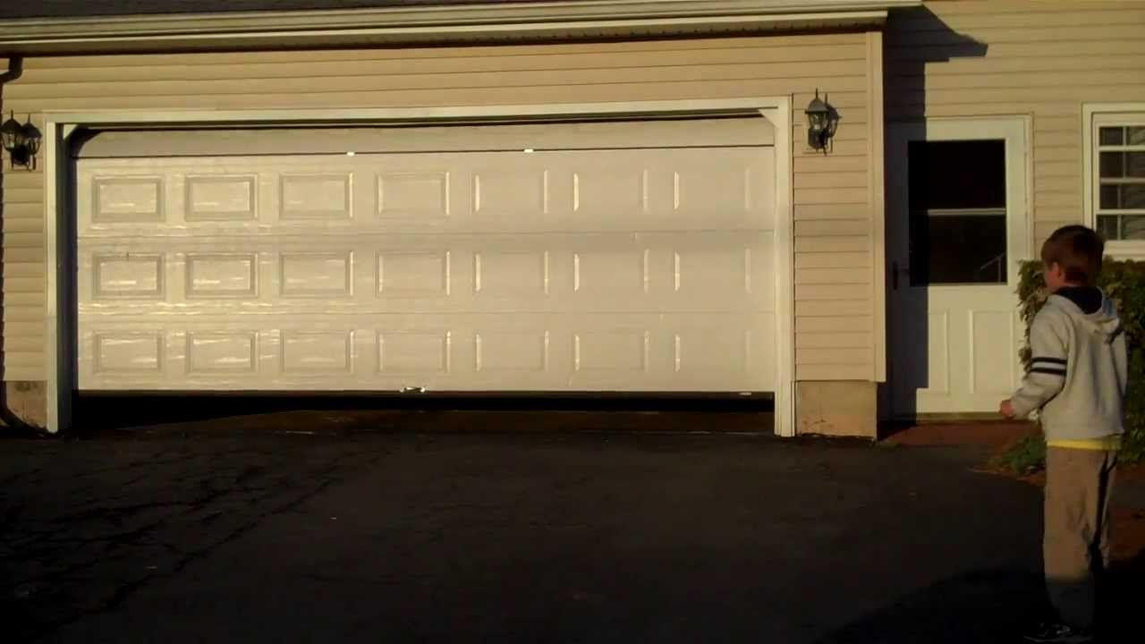 Garage Door Going Up and Down & Garage Door Going Up and Down - YouTube