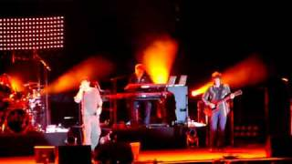 Скачать A Ha Live Moscow 11 11 06 Stay On These Roads Part 2