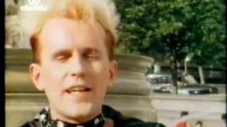 Howard Jones - Like To Get To Know You Well. (1984)  Original Video.