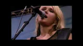 Tv2 feat. Stine Birch - vil du danse med mig