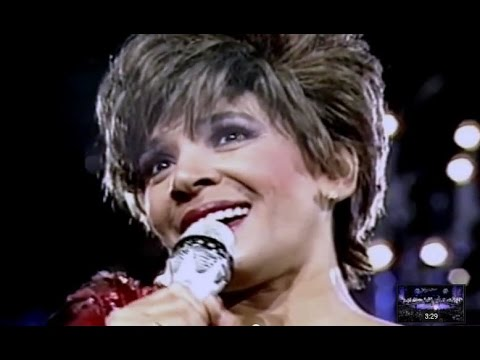 Shirley Bassey - There's No Place Like London (1987 Live in Berlin)