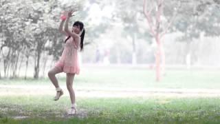 Little Apple(小苹果)- 花邊白襪涼鞋版