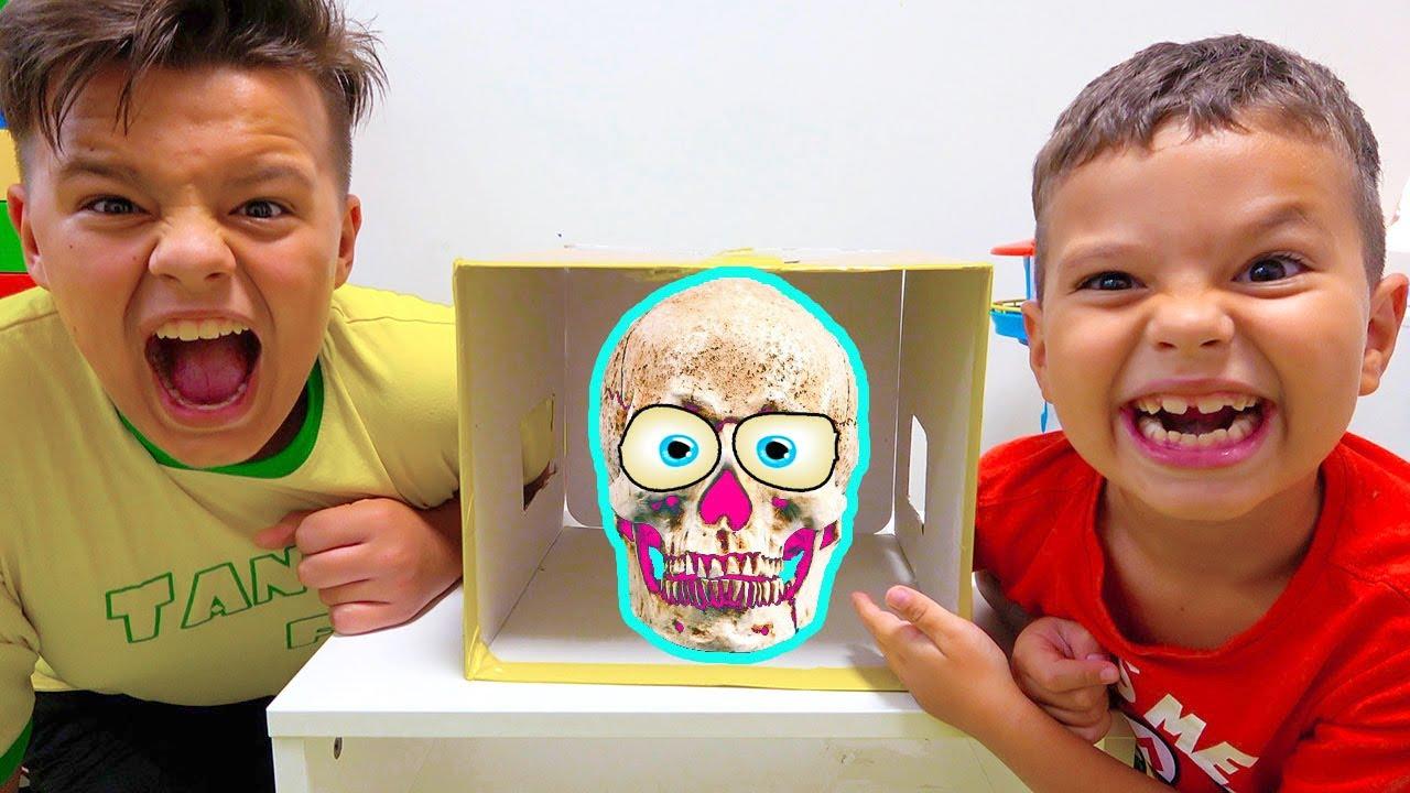 Загадочная коробка сюрприз с Егором и Яриком