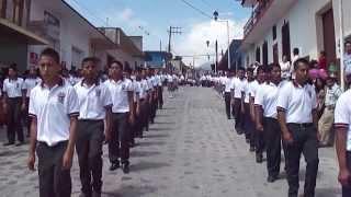 Desfile en Coscomatepec de Bravo, el 4 de octubre del 2013.