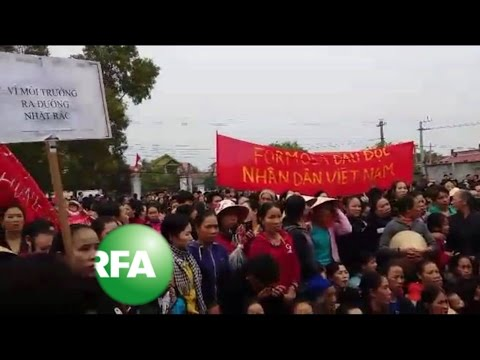 Vietnam Protesters Demand More Compensation After Chemical Spill | Radio Free Asia (RFA)
