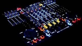 Groove Junkies - Deeper - Remix