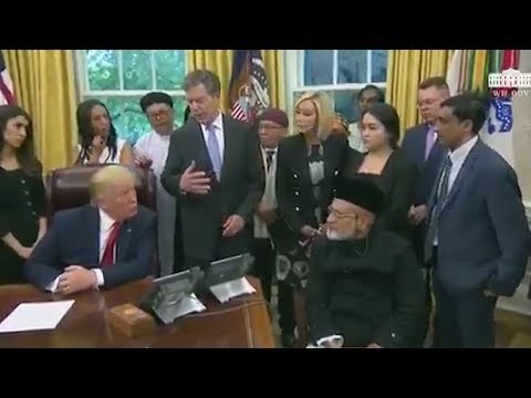 Donald Trump asks where Rohingya is