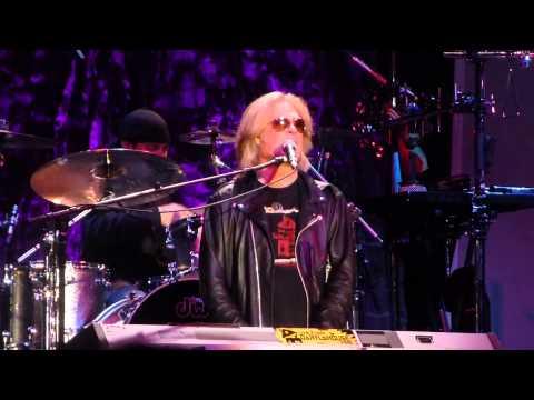 """Private Eyes"" Daryl Hall & John Oates@Sands Bethlehem PA Event Center 9/30/13"
